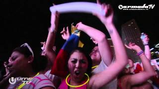 Armin van Buuren @ Ultra Music Festival Miami playing In And Out Of Love vs Raw Deal (AvB Mashup)