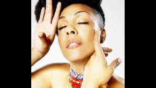 Paroles Paroles by Zap Mama Featuring Vincent Cassel