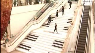 Teknosa & Forum Istanbul Piano Stairs - Piyano Merdivenler 2010.wmv