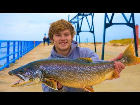 Michigan Pier Fishing - VERTICAL JIGGING LAKERS