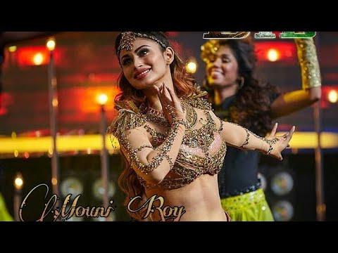 mouni roy dance performance in golden petal awards thumbnail