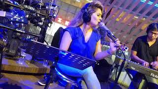Bolchi Tomar Kane Kane live performance By Mitua Hema