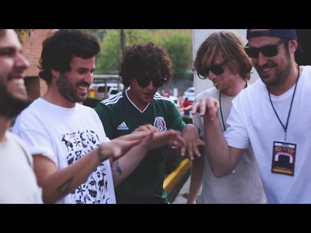 Taburete - Entre tus Piernas (Video Oficial)