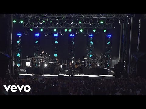 Demi Lovato - Neon Lights (Tour Warm-Up Live From The Honda Stage)