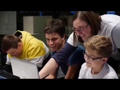 3.-hacker-school-stuttgart-bei-e.-breuninger