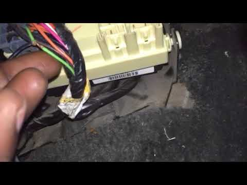 Wire for reverse lights for backup camera 19992006 Chevy truck  YouTube