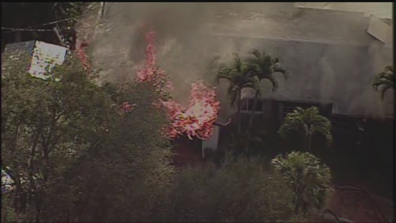 Chopper 5 house fire near palm beach gardens youtube for Fire in palm beach gardens today