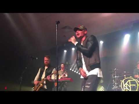 Kane Brown - Hometown (Live 2017)