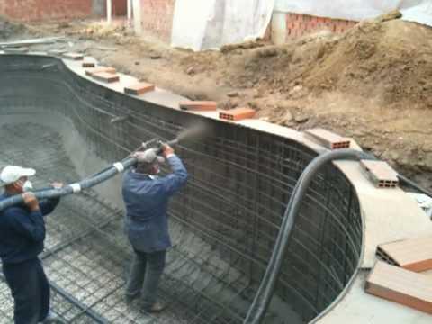 Gunitadoras via humeda gunitado piscinas maquinas de for Precio de piscinas de cemento