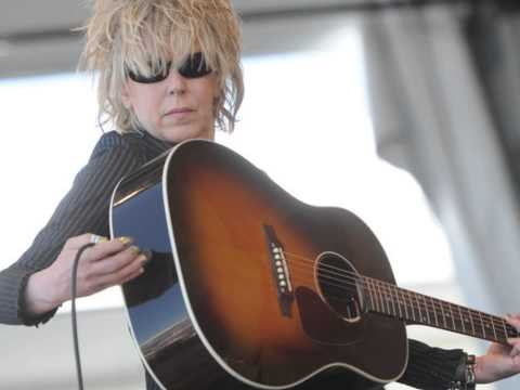 "Lucinda Williams ""Honey Bee"" 2008"