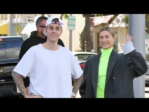 Justin Bieber And Hailey Baldwin Give Their Fans Love While Sharing Romantic Lunch In Beverly Hills