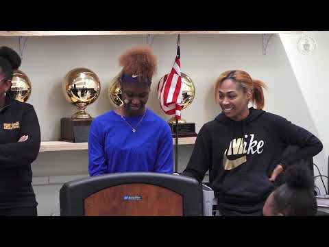 girls-bball-signing-day-051519