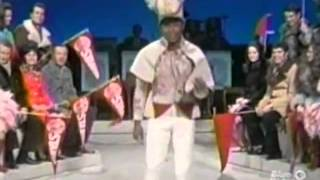 The Lawrence Welk Show - New Years Show Salute to the Rose Bowl - 12-26-1970