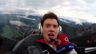 Philipp Hansa fliegt mit Hannes Arch