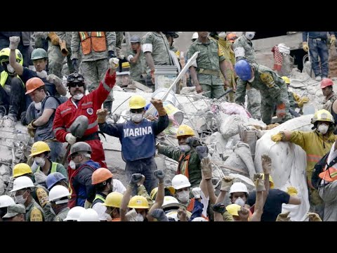 Rescuers still pulling out survivors from Mexico earthquake rubble