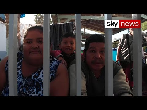 Mexico border: Migrant caravan becoming humanitarian crisis Mp3