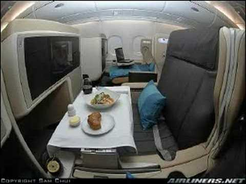Visite interieur avion de ligne youtube for Interieur avion