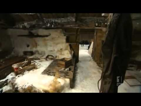 Aussie expedition explores Mawson's huts