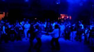 CUMBIA DE LAS ABARCAS  sonido fascinacion en san pedro atzompa baile de feria 2012