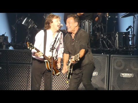 """I Saw Her Standing There"" Paul McCartney & Bruce Springsteen@MSG New York 9/15/17"