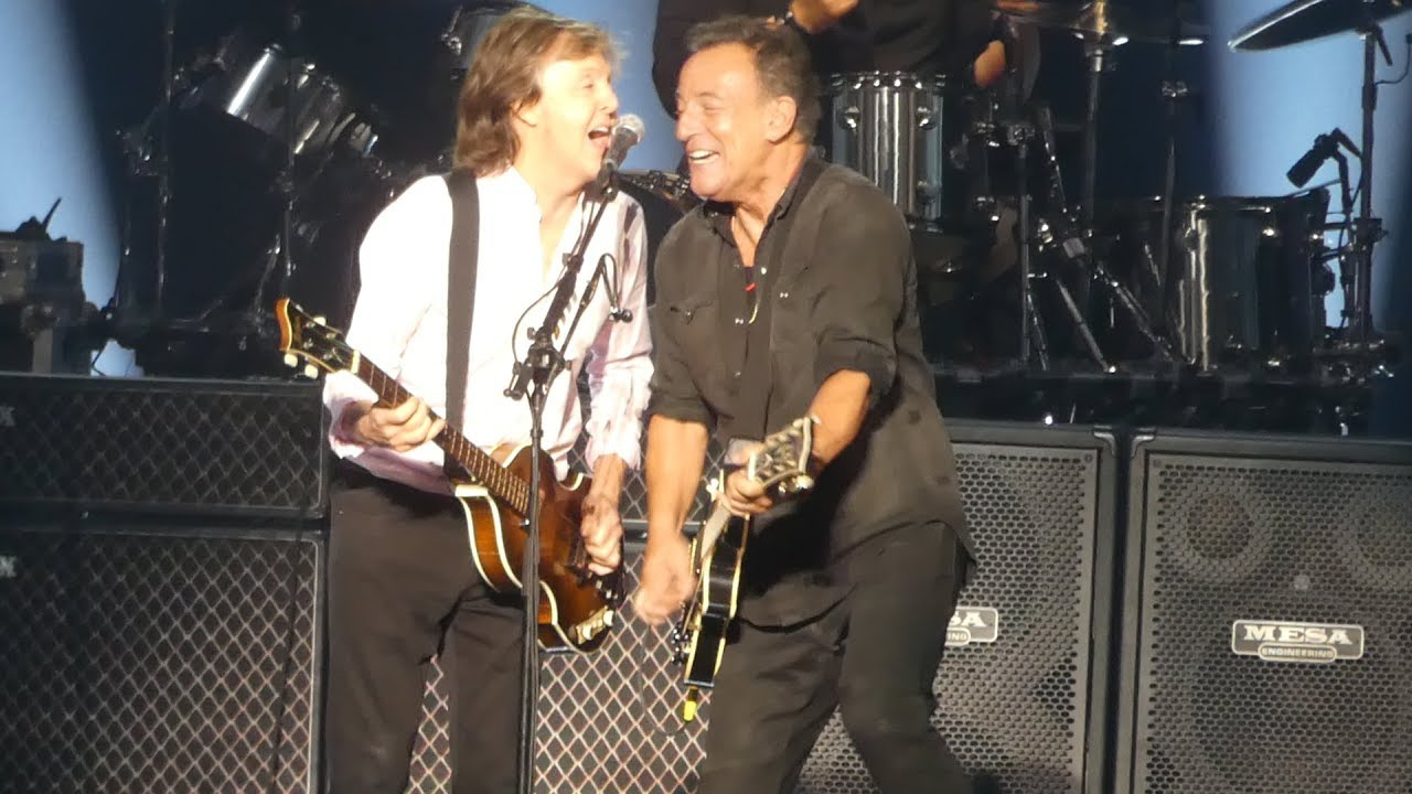 i saw her standing there paul mccartney bruce springsteen msg new york 9 15 17 youtube. Black Bedroom Furniture Sets. Home Design Ideas