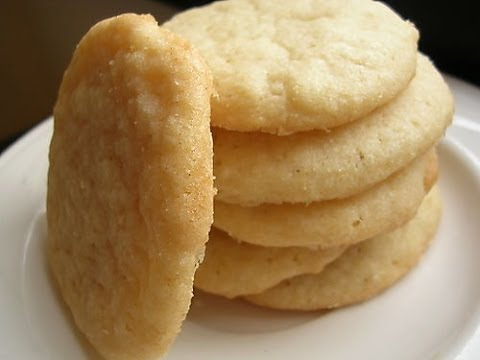 how to make sugar cookies To make sugar cookies without using baking powder, bakers use baking soda instead both products are leaveners, and sugar cookies made with this substitution are indistinguishable from those made with baking powder however, baking powder is not an acceptable substitute for baking soda sugar cookie.