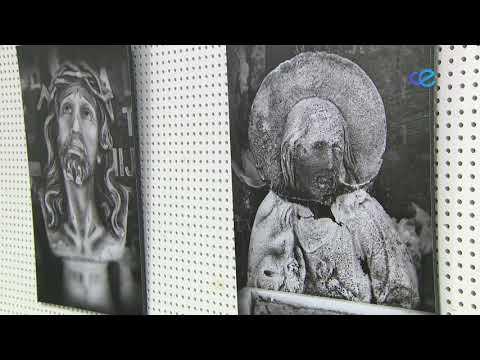 """Rontomé inaugura """"La necrópolis del olvido"""" en la biblioteca pública"""