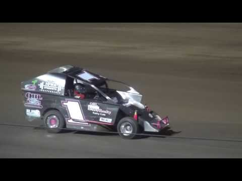 Indee Car feature Independence Motor Speedway 8/5/17