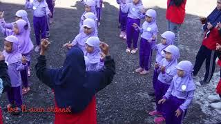 Anak TK Paud Firdaus Kerjo Lucu - Belajar Berbaris - Tepuk Anak Sholeh Semangat  - Tori Airin