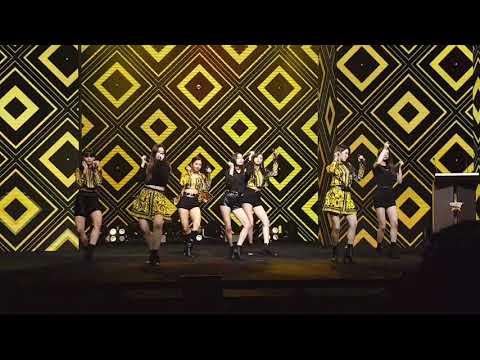Black Dress (Fancam) - CLC at Daradaily Awards 2017 (18-05-2018) BKK, Thailand