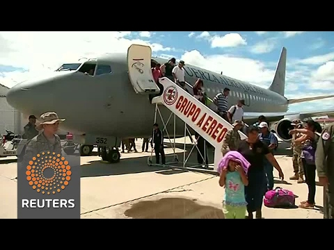 Peru airlifts thousands stranded by deadly floods