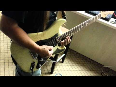 Tino Plaza playing Blues on vintage 65 Fender