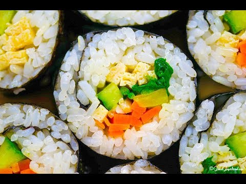 How to Make Easy Vegetarian Kimbap (Korean Seaweed Rice Roll) 야채 김밥