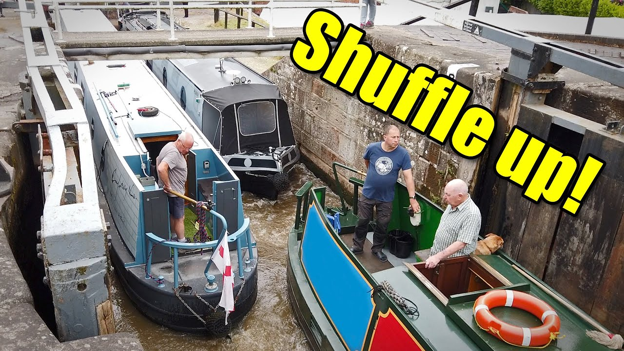 Narrowboat Tetris - Performing the Bunbury Shuffle!