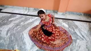 mera jhumka uthake laaya yaar ve dance by tanishka