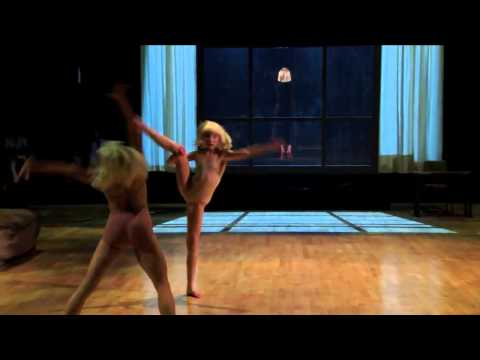 Sia - Chandelier live ( Dancing with the Stars )