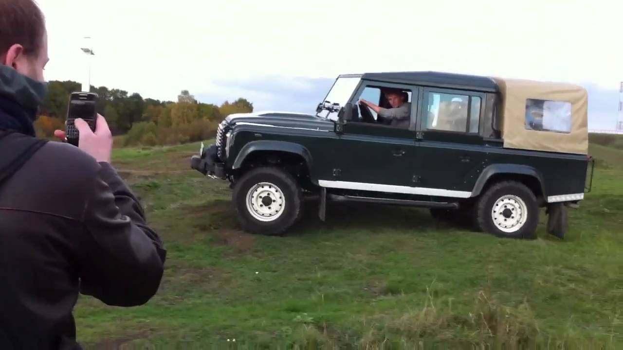 Land Rover Defender 110 Crew Cab - YouTube
