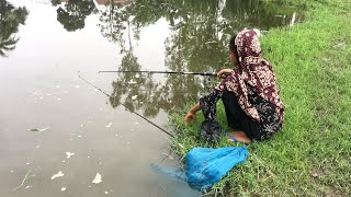 Beautiful Girls Fishing With Hook   Traditional Hook Fishing   Village Daily Life (Part-277)