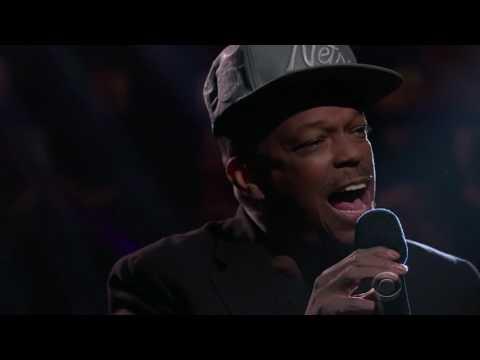 Subway Singer Extraordinary Voice