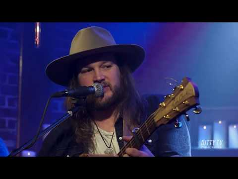"""Adam Wakefield Performs """"As Good As It Gets"""" On DittyTV"""