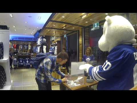 Pictures of the toronto maple leafs mascot