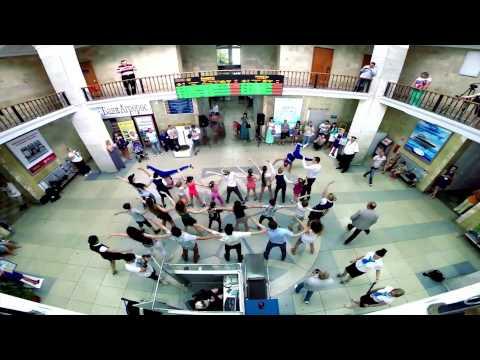 GeometriaTV  Танцевальный флешмоб в Саратове  SaratovAirlines