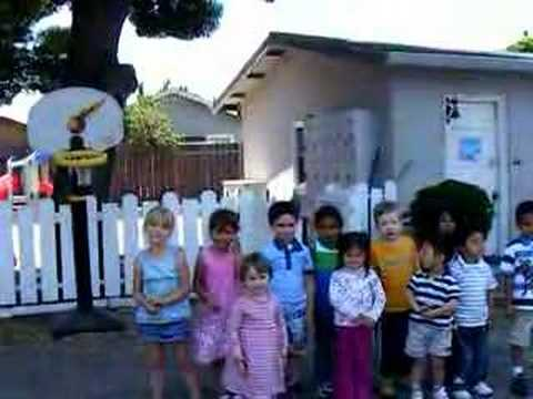 Fathers day: kids singing