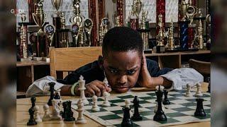 In fuga dalla Nigeria con la sua famiglia, a 8 anni Tani diventa un campione di scacchi a New York