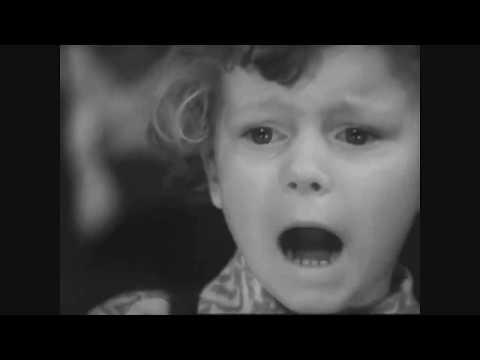 Маленький человек Стихи Роберт Рождественский