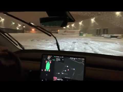 Tesla Model 3 Snow Drifting in Track Mode