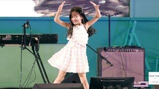 나하은 (Na Haeun) 트와이스 (TWICE) dance the night away[4K 60P RAW 직캠]@180819 락뮤직