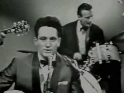 Lonnie Donegan - Come a Cow Cow Yippee (Live)