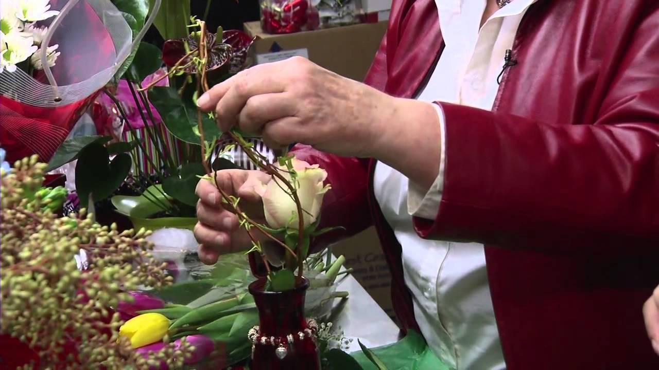 Valentine S Day Flower Arrangements Youtube