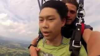 Обморок во время прыжка с парашютом(, 2015-01-06T21:44:06.000Z)